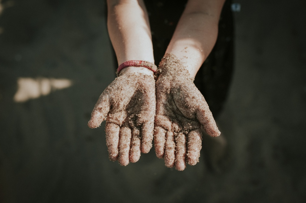 Sandy kids hands. Family Photography by Sarah Tacoma.