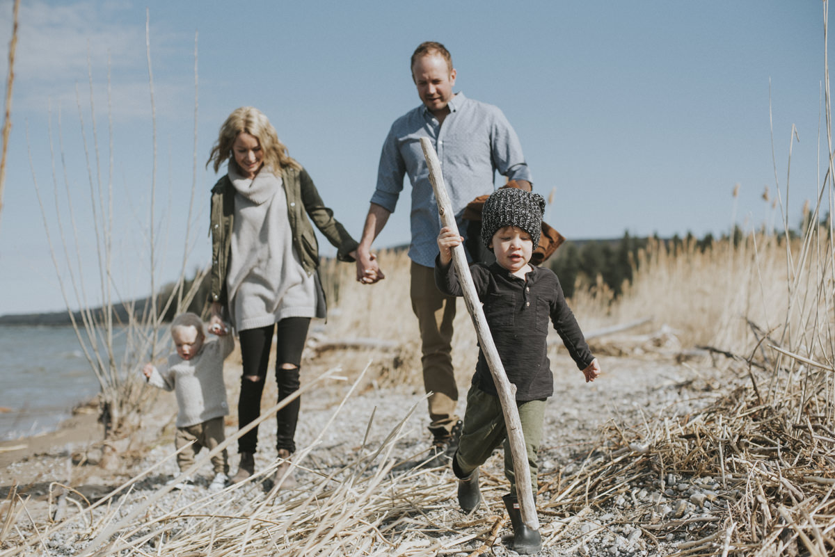 Georgian_Bay_Family_Beach_Session_11