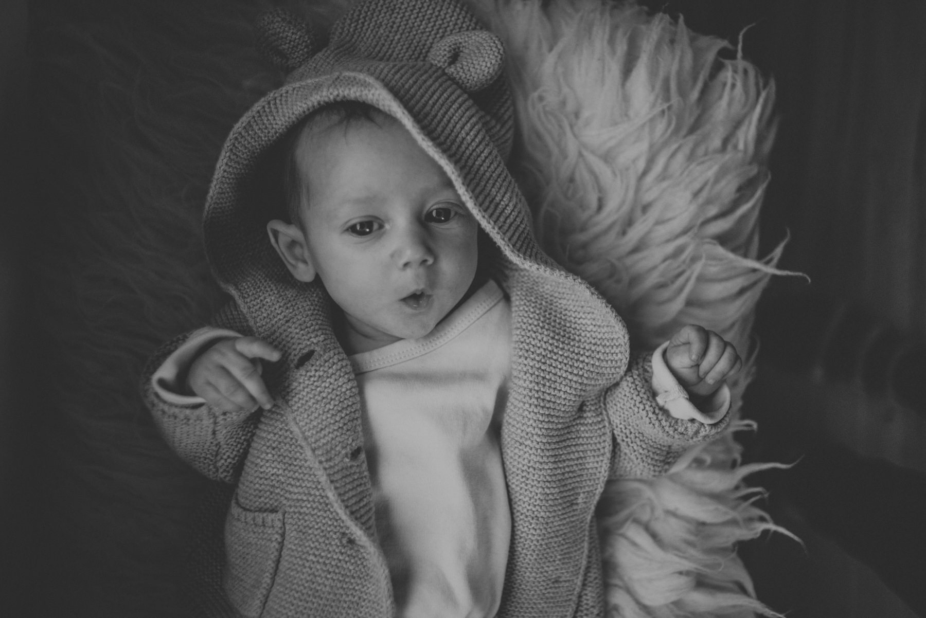 Family Photography at Mad Maple Inn in Creemore, Ontario by Sarah Tacoma.
