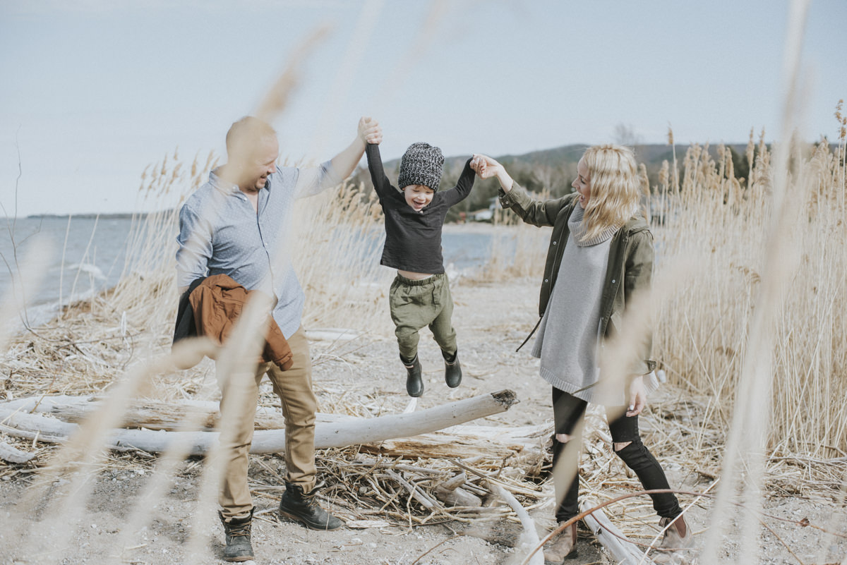 Georgian_Bay_Family_Beach_Session_13