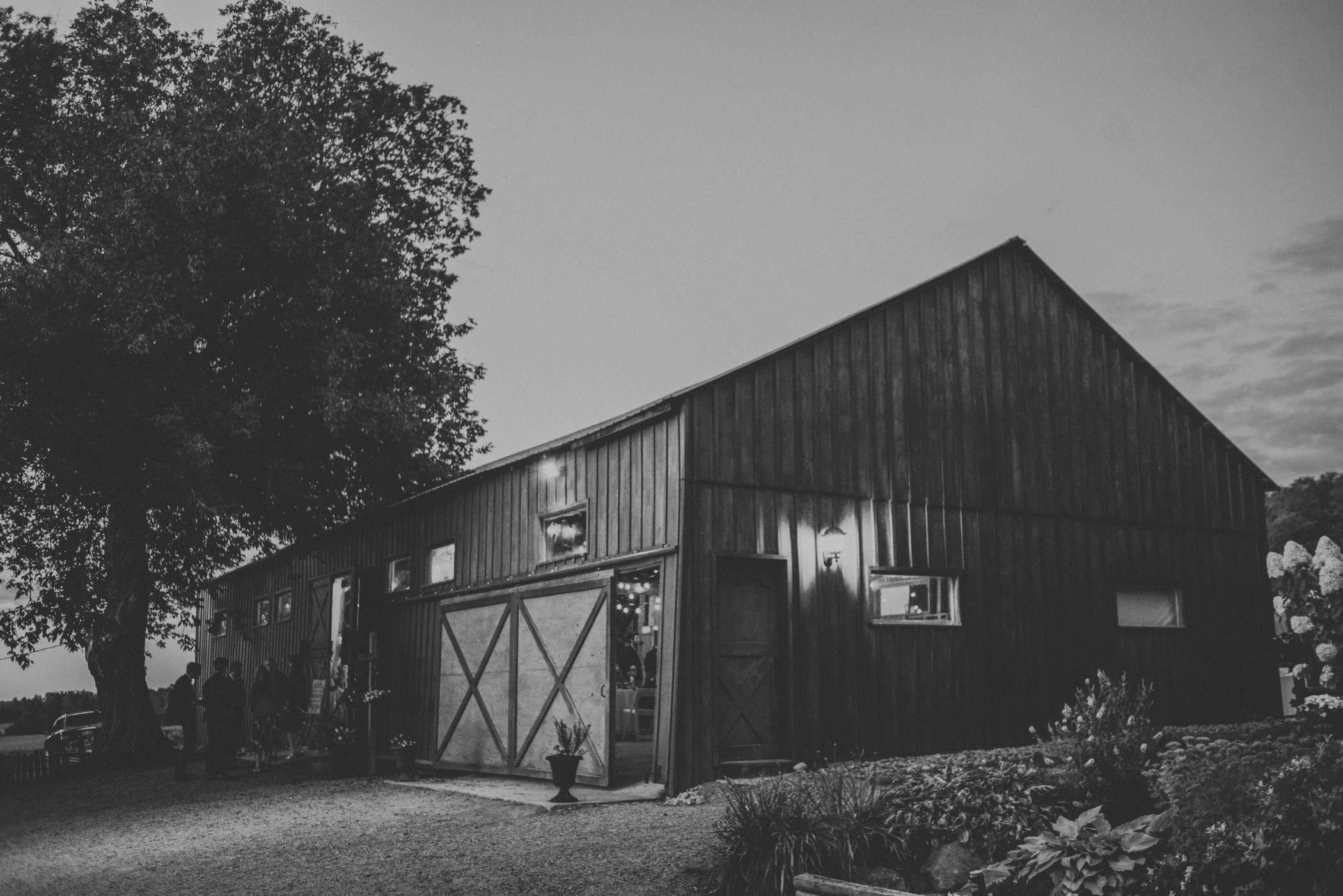 Country_Farm_Wedding-71